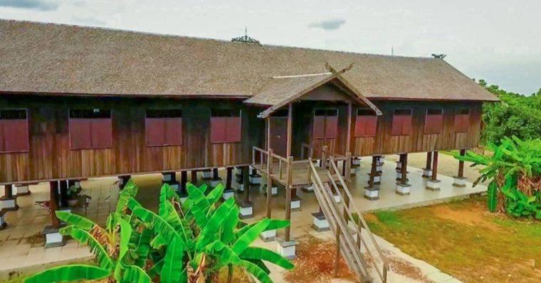 Rumah Adat Kalimantan Tengah Betang Sei Pasah