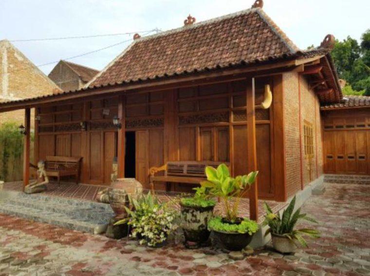 Rumah Adat Yogyakarta Panggang Pe