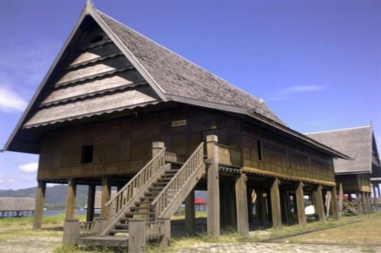 Struktur dan Arsitektur Rumah Adat Boyang