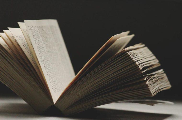Contoh Resensi Buku Fiksi