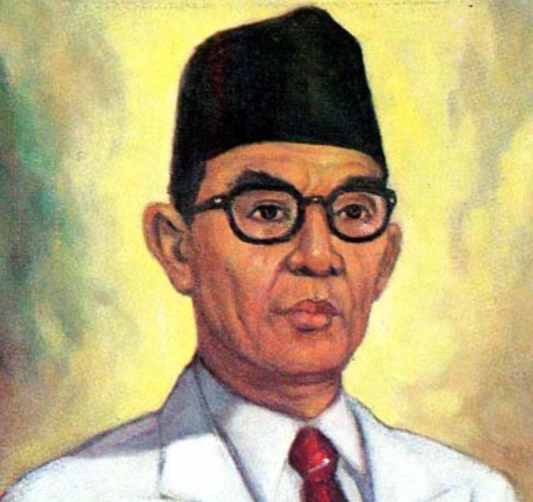 Contoh Teks Biografi Ki Hajar Dewantara