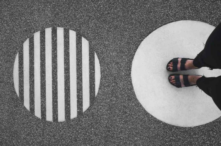 Perpotongan Garis dan Lingkaran